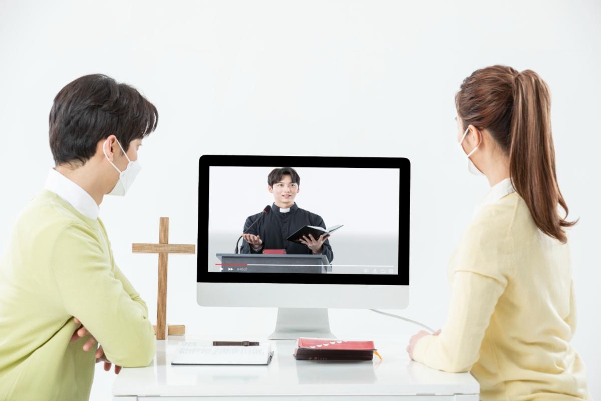 <설문조사 참여 이벤트> 온라인 예배